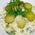 Швидкий салат з червоною рибою і рисом