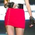 Червона спідниця: читаємо модний «підтекст»
