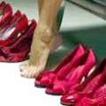 Червоні туфлі - взуття для зухвалих