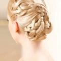 Зачіска на весілля для дружки