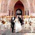 Весілля в мексиканському стилі: колоритний декор в самих яскравих тонах!