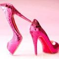 Жіночі туфлі на шпильці: карколомні штучки