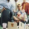 Що подарувати чоловікові: який подарунок подарувати начальнику, колезі, чоловікові і коханцеві?