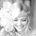 Весільні зачіски з живими квітами: вибираємо найкраще!