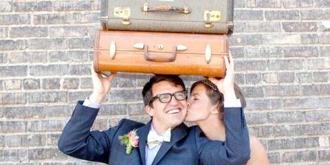 Весілля в стилі подорож: чемоданний настрій або посидимо на доріжку