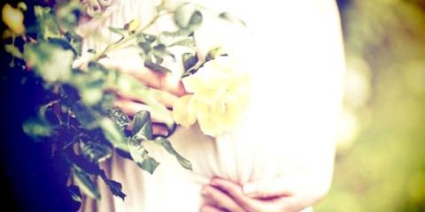 """Весільне плаття для вагітних: фасони для """"кругленьких"""" наречених"""
