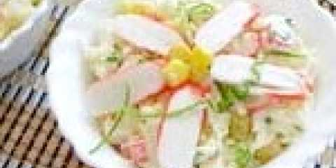 Класичний салат з крабових паличок з капустою