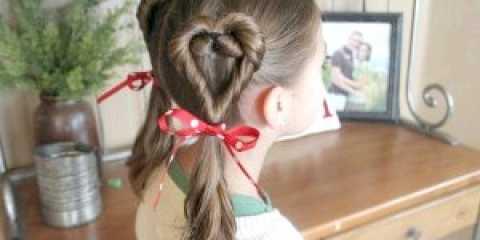 Зачіска для дівчинки з сердечками