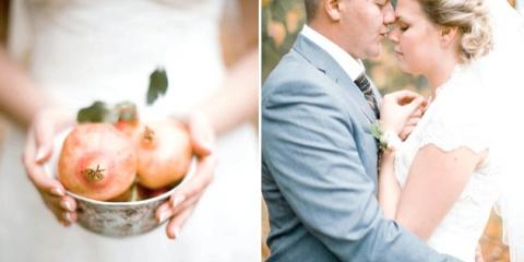 Весілля восени: золотий гранатовий декор з яскравими фруктовими акцентами