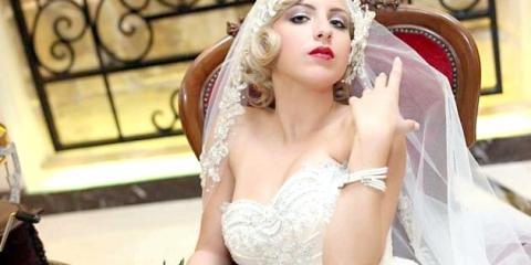 Весільні сукні в стилі 50 х: образ нареченої в ретро стилі