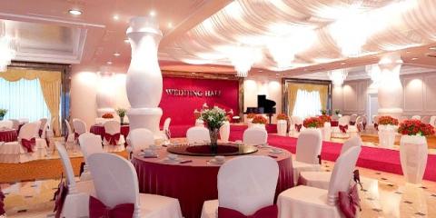 Прикраса весільного залу: що віддати перевагу для декору торжества?