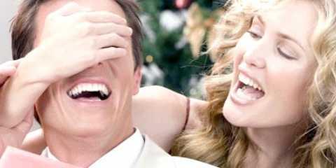 Що подарувати чоловікові на річницю весілля: жартома і цілком серйозно