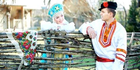 Традиції російської весілля: якою має бути весілля у народному стилі?